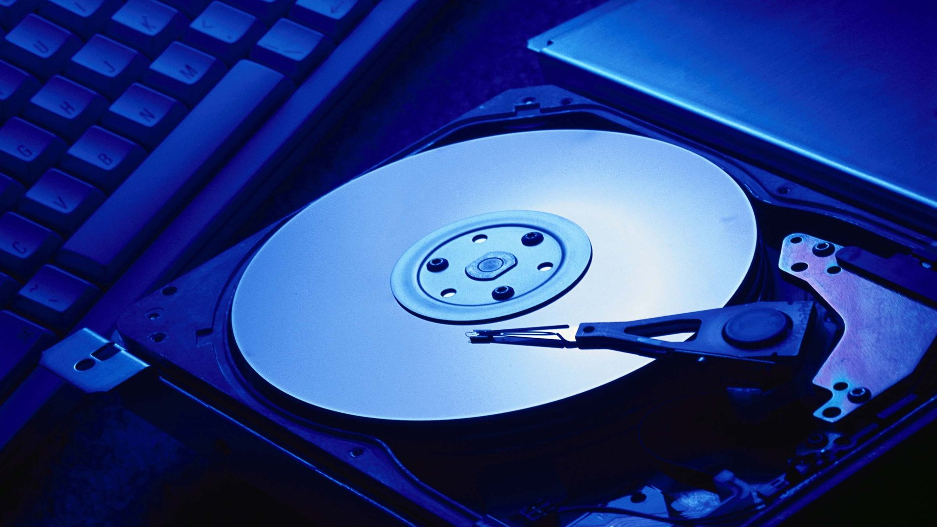 Hard-disk-cover-2