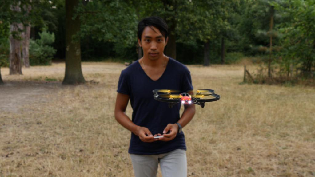 Usar un dron en exteriores requiere de conocer la normativa legal vigente