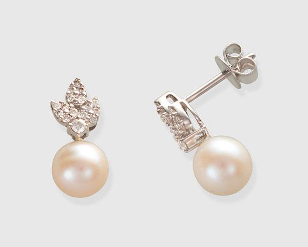 fb9b12b708f8 Pendientes My Wedding con diamantes y perla El Corte Inglés