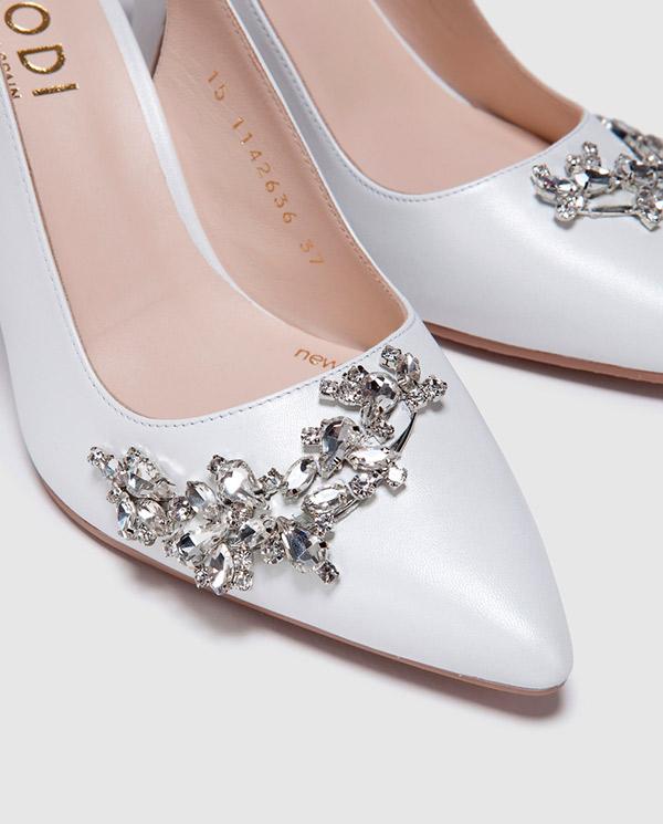 Zapatos de salón de novia de mujer Lodi en blanco con detalle de pedrería 0c2e9b88e67