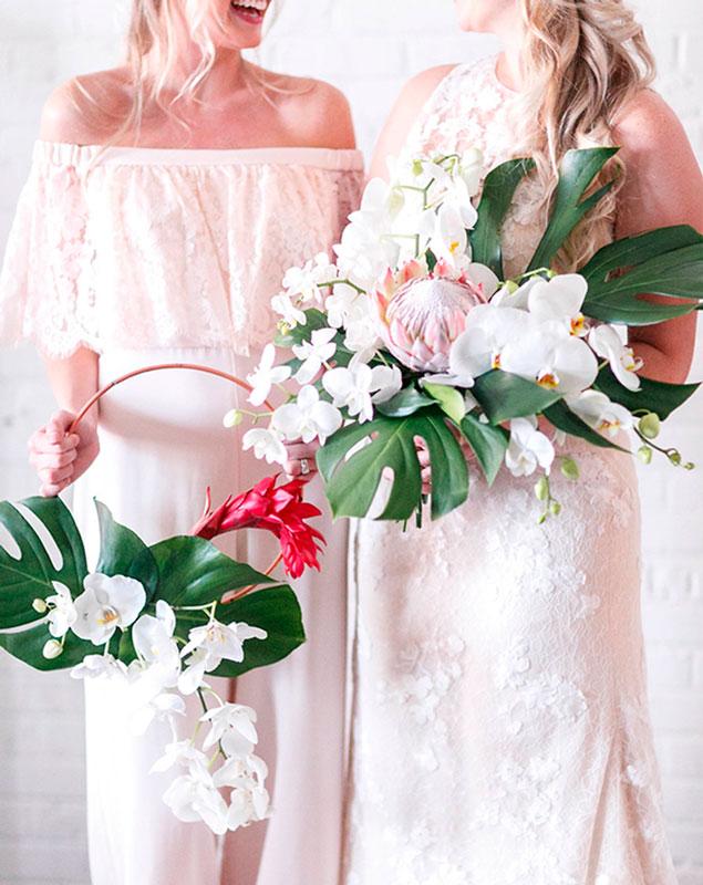 b9e0fa70b3d2 ramos de novia originales - hoop bouquet