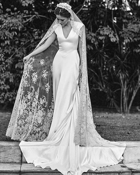 cfbd137f13 Vestidos de novia con mantilla – Mini vestidos